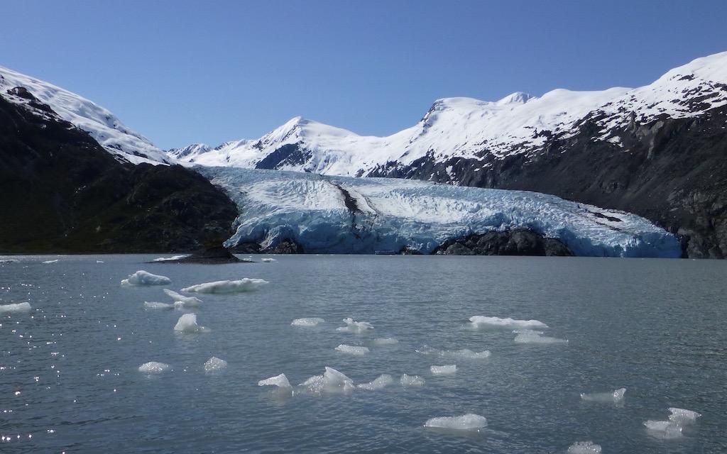 portage glacier and lake1024x640